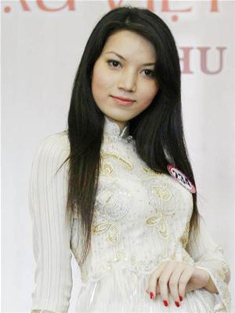 Sắc vóc vợ hai kém 14 tuổi của MC Anh Tuấn thời đi thi Hoa hậu Việt Nam-4