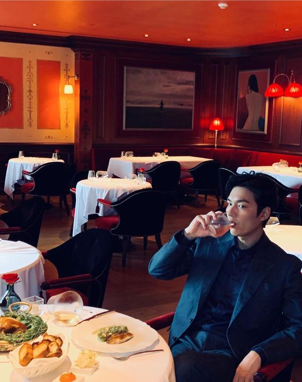 Tiết lộ cát xê tiền tỷ của đại minh tinh Kim Hee Ae cho mỗi tập Thế giới hôn nhân, Lee Min Ho bỗng bị réo gọi vì chênh lệch?-4