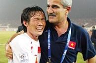 Màn quỳ lạy HLV để xin rời ĐT Việt Nam và cú 'đổi kèo' ngoạn mục của nhà vô địch AFF Cup