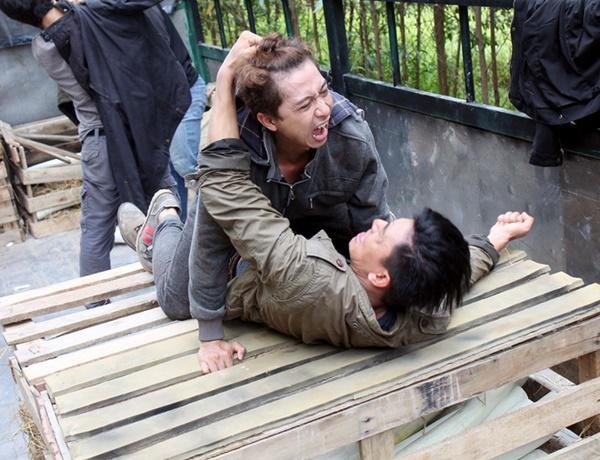 Đóng cảnh tự tử phải lao vào đoàn tàu thật đang chạy và những chuyện đáng sợ sau màn ảnh-3