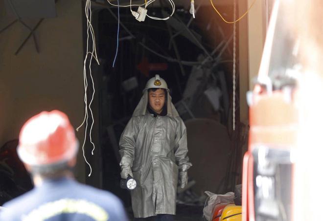 Nổ bình gas kinh hoàng tại nhà hàng gà rán ở phố Cổ, 3 người nguy kịch nhập viện cấp cứu-5