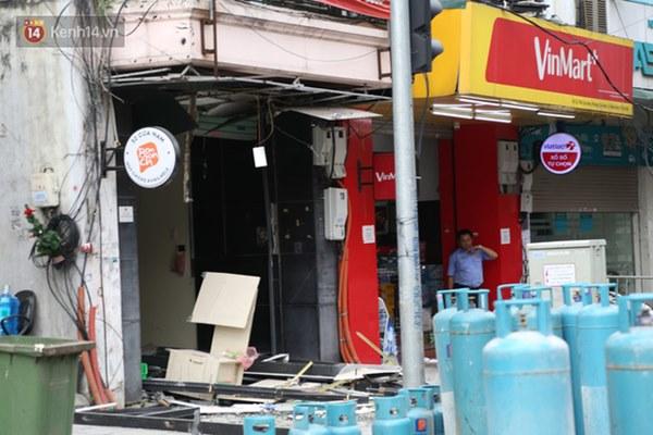 Người dân sống gần hiện trường vụ nổ kinh hoàng tại phố Cổ Hà Nội: Nhà cửa rung chuyển hết, đến giờ tôi vẫn chưa hết sợ hãi-6