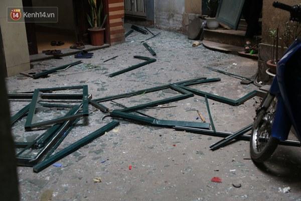 Người dân sống gần hiện trường vụ nổ kinh hoàng tại phố Cổ Hà Nội: Nhà cửa rung chuyển hết, đến giờ tôi vẫn chưa hết sợ hãi-9