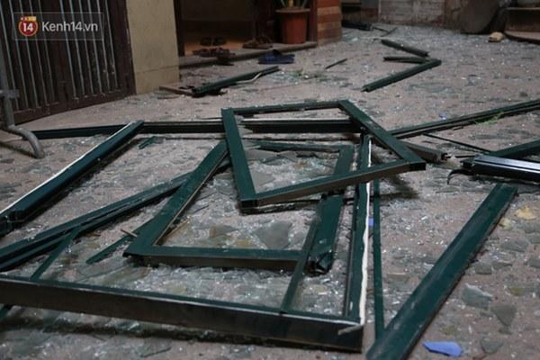 Người dân sống gần hiện trường vụ nổ kinh hoàng tại phố Cổ Hà Nội: Nhà cửa rung chuyển hết, đến giờ tôi vẫn chưa hết sợ hãi-11