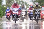 Dự báo thời tiết 13/5, Hà Nội mưa giông, Sài Gòn nắng nóng-2
