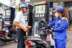 Giá xăng tăng lần đầu tiên sau 5 tháng-2