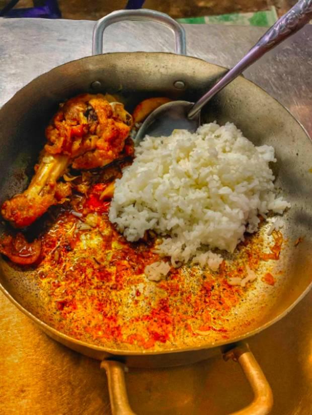 """Chỉ có thể là người Việt: Có những món bị cháy, bén lại trở thành đặc sản"""" thời xưa, đến nay dù ít xuất hiện hơn nhưng vẫn rất được ưa thích-4"""