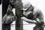 """Bạn đời đồng giới của ông hoàng thời trang"""" Tom Ford qua đời, kết thúc chuyện tình 35 năm huyền thoại được hâm mộ bậc nhất làng mốt-5"""