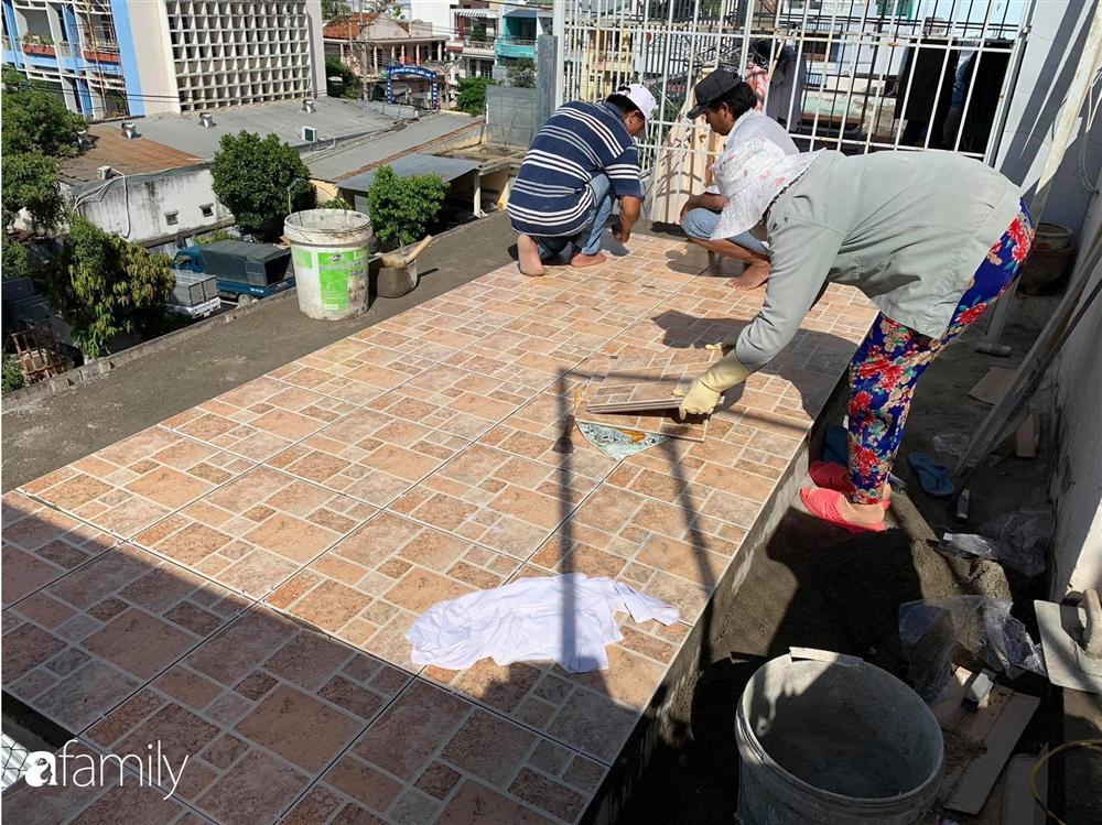 Ghen tị với góc chill rộng thoáng 40m² trên sân thượng tràn ngập hồng ngoại của mẹ đảm tại Nha Trang-3