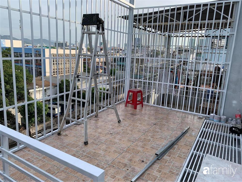 Ghen tị với góc chill rộng thoáng 40m² trên sân thượng tràn ngập hồng ngoại của mẹ đảm tại Nha Trang-4