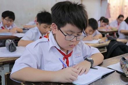 Đây là những giấy tờ cần chuẩn bị cho con khi tuyển sinh vào lớp 1 và lớp 6