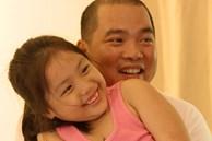 Cô bé ngoan nhất 'Bố ơi mình đi đâu thế' ngày ấy - bây giờ: Ra dáng thiếu nữ lắm rồi nhưng bố vẫn dạy cực nghiêm khắc như này