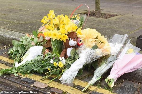 Bé gái sơ sinh bị bỏ rơi đến chết ở bãi rác, cảnh sát điều tra và phát hiện sự việc không hề đơn giản-3