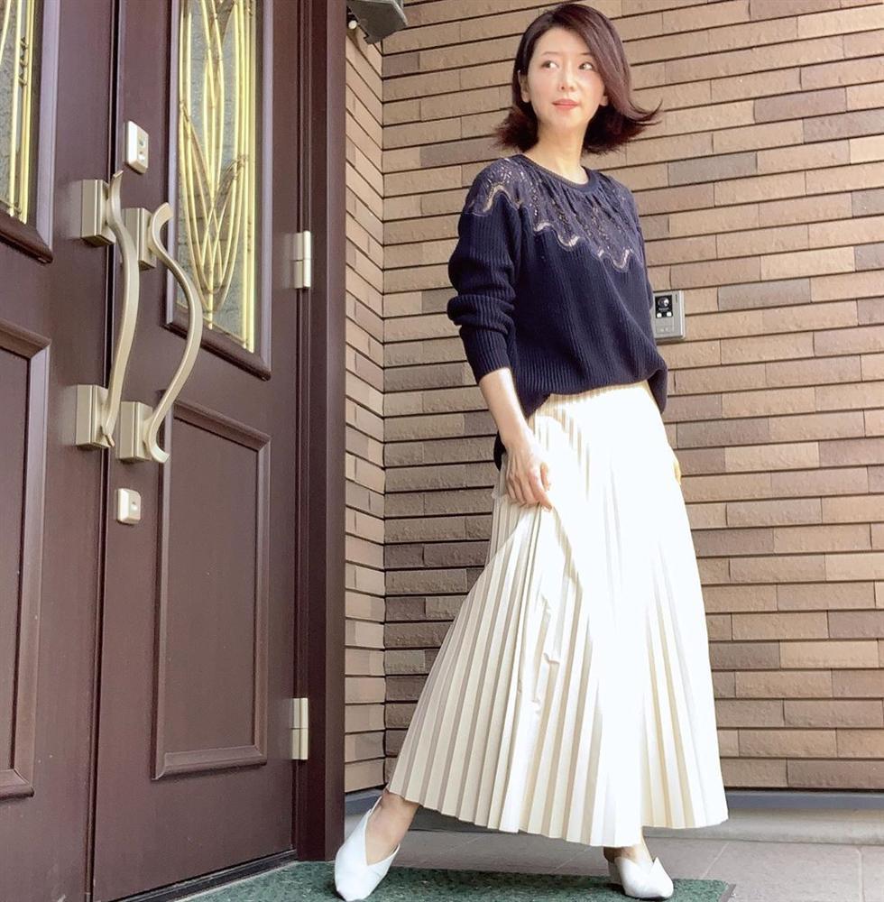 Phù thủy làn da của Nhật 53 tuổi da dẻ vẫn căng mịn như gái 18: Bí quyết chỉ ở 2 bước dưỡng rẻ bèo mà ai cũng làm được-2