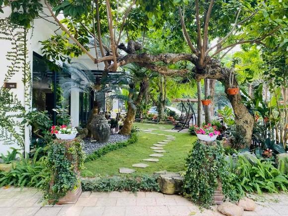 Khu vườn ngập tràn sắc hoa của cựu thành viên nhóm nhạc Con gái - Xuân Nhị-3