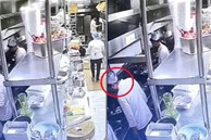Đầu bếp nhổ nước bọt vào món ăn cho khách gây phẫn nộ, nhà hàng Trung Quốc bị phạt nặng