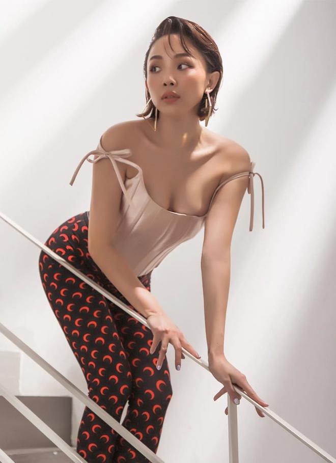 Tóc Tiên vẫn thích diện váy áo gợi cảm sau khi kết hôn-4