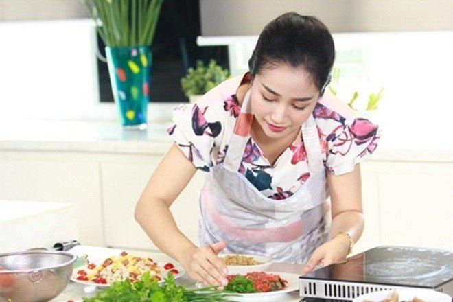 Ốc Thanh Vân cho biết mẹ ruột nấu kiểu không giống ai và món kinh điển của bà-7