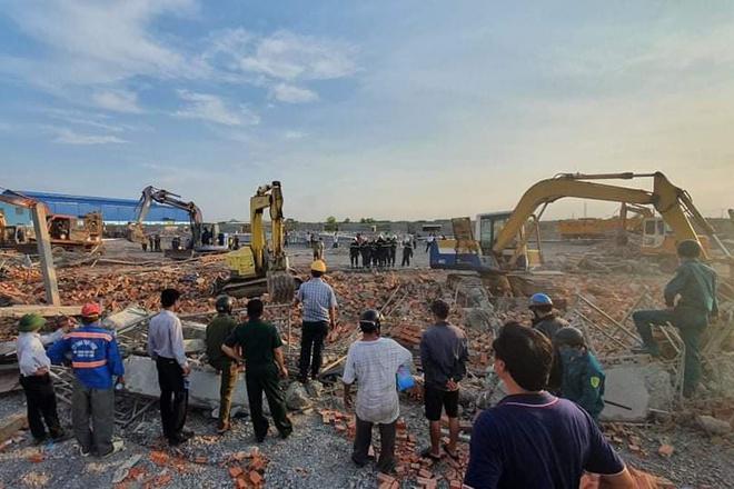 Hiện trường vụ sập công trình xây dựng làm 10 người chết ở Đồng Nai-6