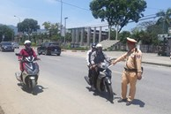 Từ ngày mai CSGT Hà Nội được dừng kiểm tra tất cả các xe, cho dù không phát hiện vi phạm