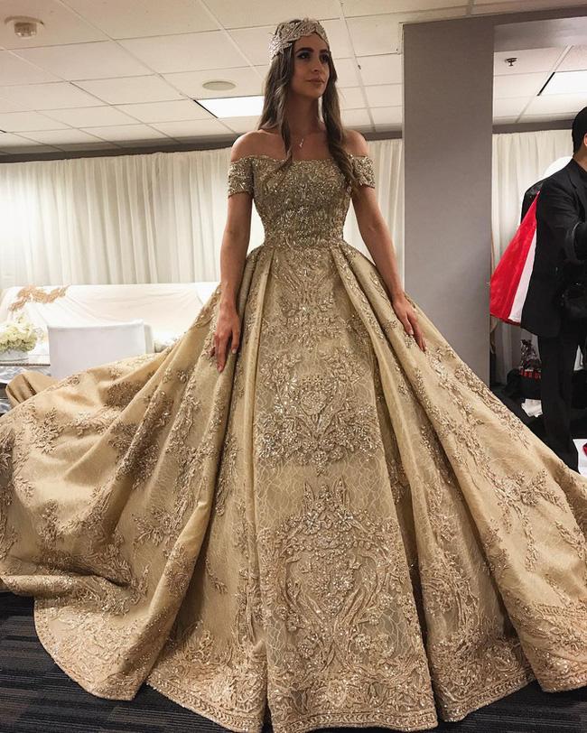 3 năm sau khi gây chú ý vì chi gần 230 tỷ đồng mua váy cưới, tiểu thư nước Nga có cuộc sống với lối rẽ không ai nghĩ đến-2