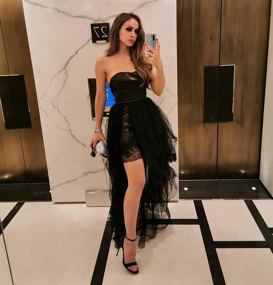 3 năm sau khi gây chú ý vì chi gần 230 tỷ đồng mua váy cưới, tiểu thư nước Nga có cuộc sống với lối rẽ không ai nghĩ đến-16