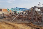 Nhà thầu thi công vụ tường sập đè chết 10 người ở tỉnh Đồng Nai nói trước khi xảy ra vụ việc có cơn gió lốc?-4