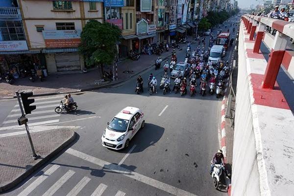 Dự báo thời tiết 15/5, Hà Nội nắng nóng, tia cực tím nguy cơ gây hại cao-1