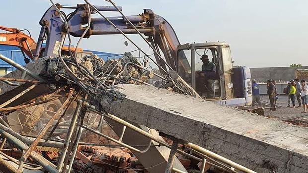 Nhà thầu thi công vụ tường sập đè chết 10 người ở tỉnh Đồng Nai nói trước khi xảy ra vụ việc có cơn gió lốc?-2