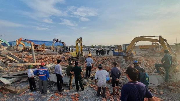 Nhà thầu thi công vụ tường sập đè chết 10 người ở tỉnh Đồng Nai nói trước khi xảy ra vụ việc có cơn gió lốc?-3