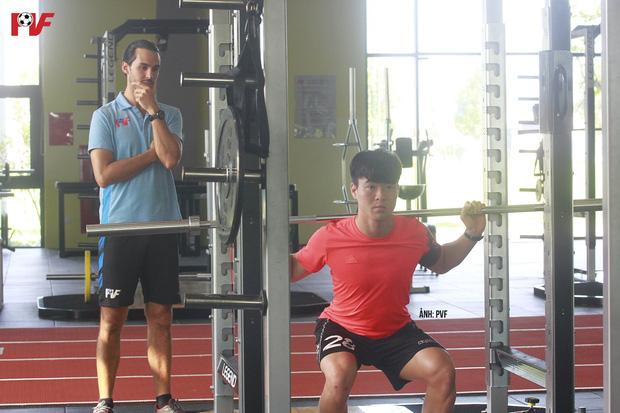 Duy Mạnh lần đầu xuất hiện sau tin đồn lục đục với Quỳnh Anh, thể hiện rõ quyết tâm tập luyện để trở lại-1