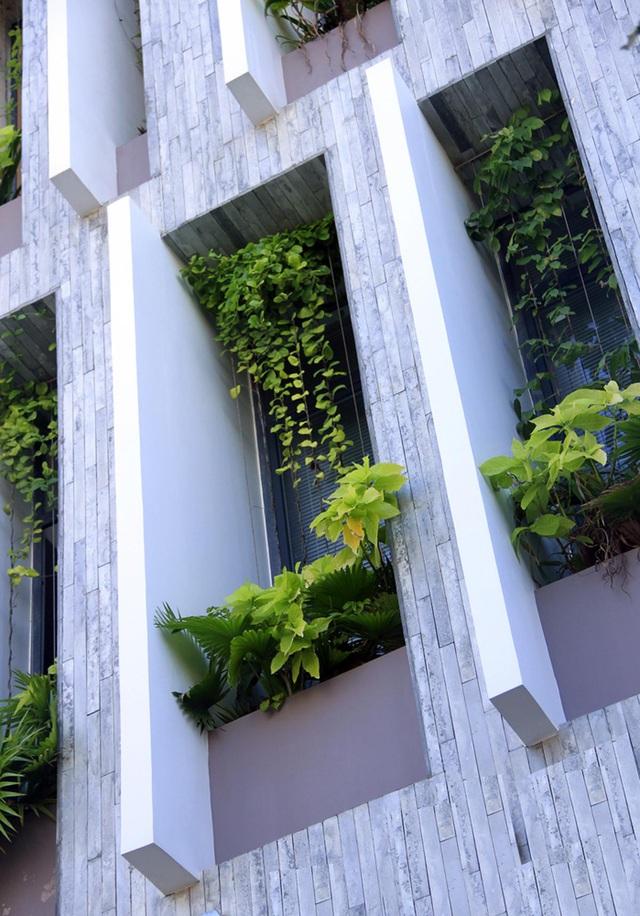 Ngỡ ngàng biệt thự ở Đà Nẵng xây cả công viên tuyệt đẹp trên sân thượng-4