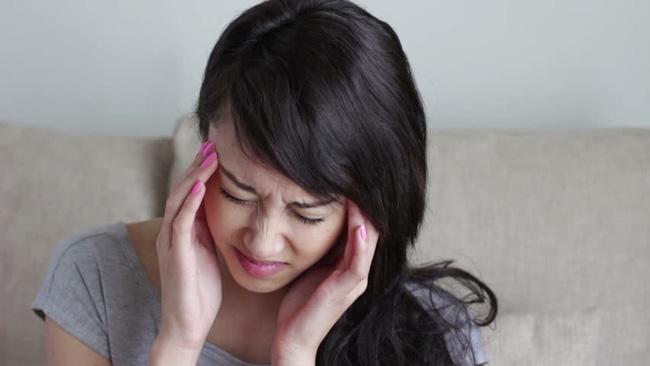 Em chồng đánh mất đôi hoa tai của tôi, mẹ chồng liền bảo sẽ đền trả nhưng thái độ của bà khiến tôi ngẩn ngơ-1