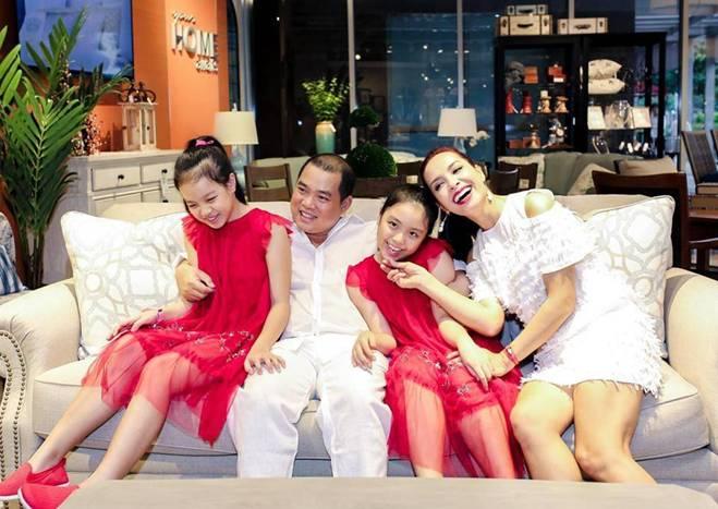 Ông xã Thuý Hạnh từng xin vợ đi massage, tự giác ngủ sofa mỗi khi nhậu say về-2