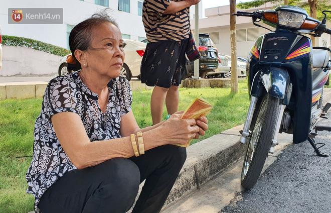 Đám tang đẫm nước mắt của nạn nhân lớn tuổi nhất vụ sập tường ở Đồng Nai: Mẹ ơi, con tìm thấy bố rồi, bố ở trong nhà xác bệnh viện-1