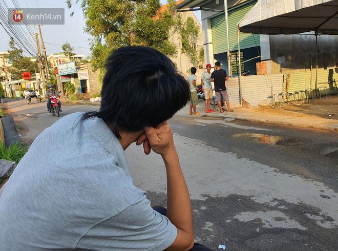 Đám tang đẫm nước mắt của nạn nhân lớn tuổi nhất vụ sập tường ở Đồng Nai: Mẹ ơi, con tìm thấy bố rồi, bố ở trong nhà xác bệnh viện-7