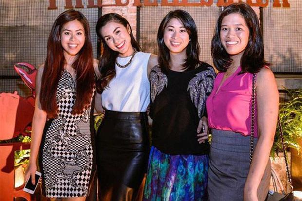 Hà Tăng - Tiên Nguyễn khoe ảnh diện bikini lấp ló vòng 1: Cặp chị em dâu hơn kém 10 tuổi gợi cảm và thân thiết nức tiếng Vbiz-5