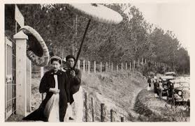 Nam Phương Hoàng Hậu: Người đàn bà phải lòng Dior nhưng phân nửa đời vẫn mực thước với Áo dài-15