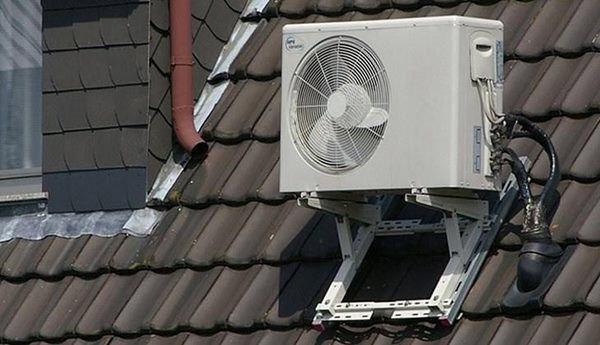 Đầu mùa lắp cục nóng điều hòa sai quá sai thế này đừng hỏi vì sao tiền điện tăng vọt-2