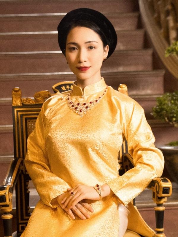Hòa Minzy: Tôi cầu Nam Phương hoàng hậu rằng Bà ơi, cho con được sống với cảm xúc của bà-2