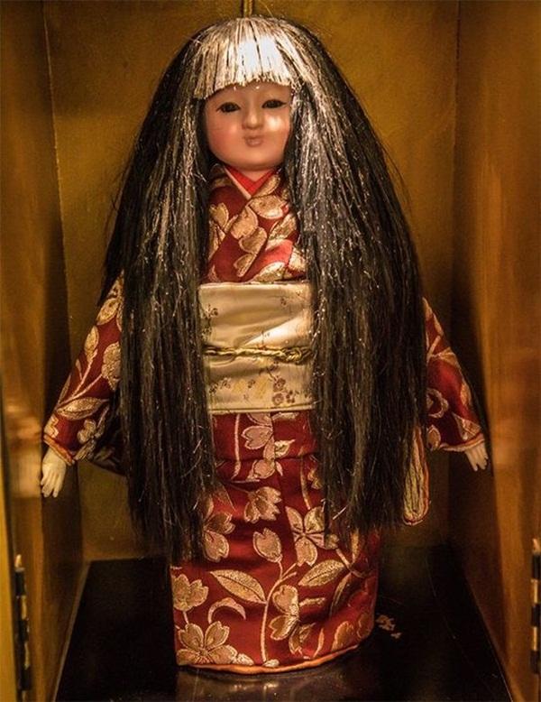 Bí ẩn con búp bê mọc tóc có liên quan đến cái chết của bé gái 3 tuổi đến nay vẫn chưa có lời giải đáp-1