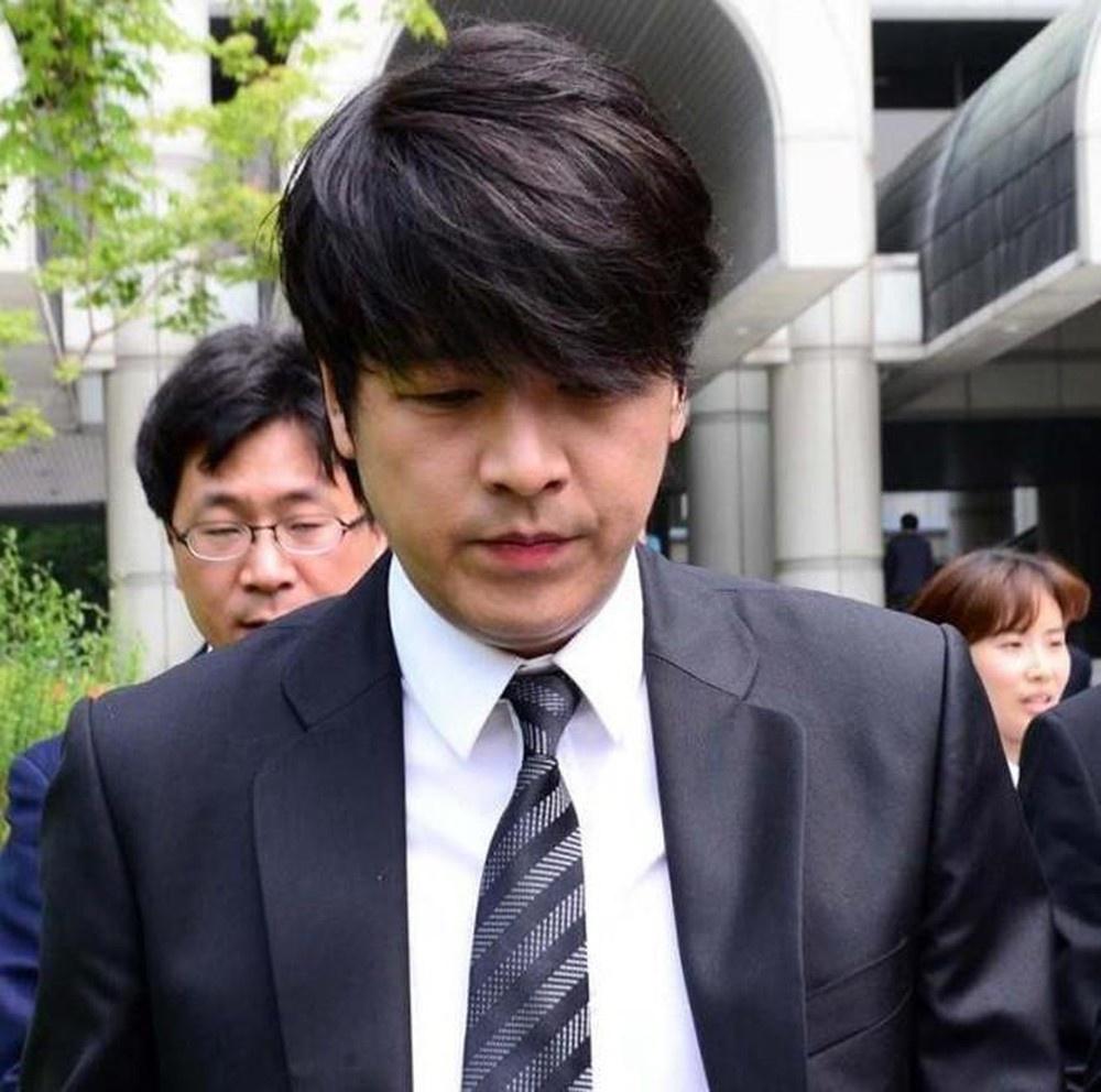 Hoàng tử Hallyu sụp đổ vì đặt máy theo dõi và đánh vợ-8