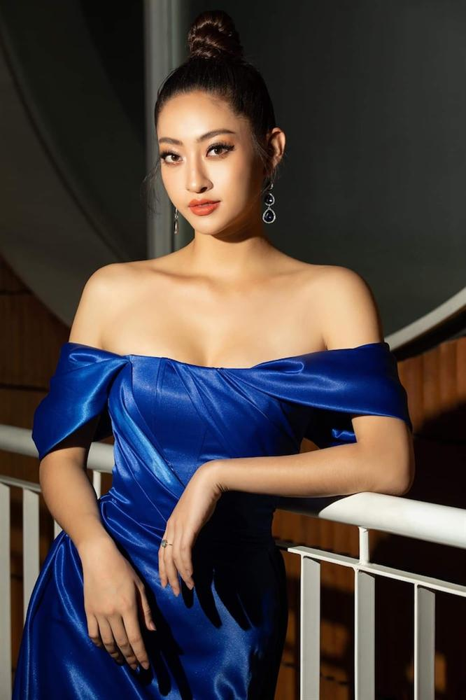 Hoa hậu Lương Thùy Linh diện váy hai dây khoe thềm ngực nõn nà khó cưỡng-6