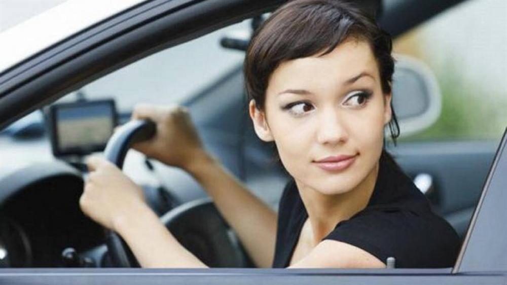 Những sai lầm hay gặp nhất của tài xế mới khi lùi xe-1