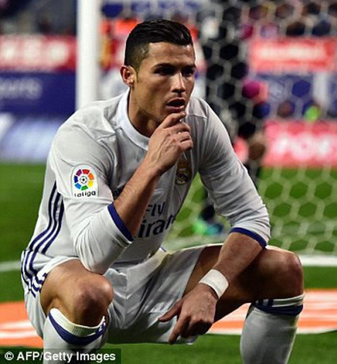 Quang Hải ngạo nghễ như Ronaldo, yêu như Ronaldo và cũng nên im lặng như Ronaldo-4