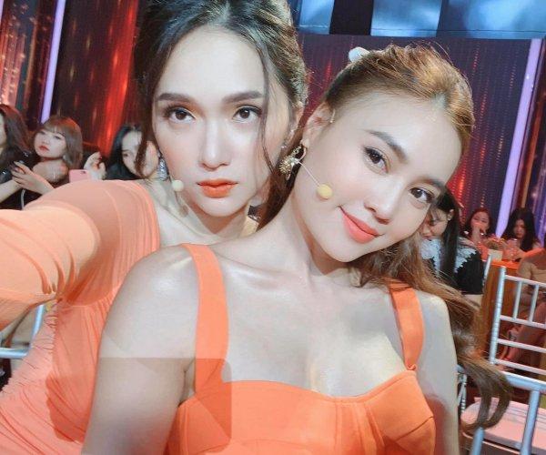 Mê mẩn trước gu thời trang chị em sinh đôi của Hương Giang và Lan Ngọc-2