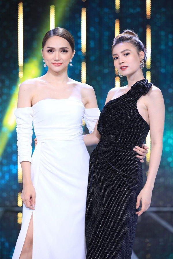Mê mẩn trước gu thời trang chị em sinh đôi của Hương Giang và Lan Ngọc-7