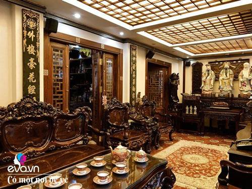 """Tiến sĩ trẻ biến chung cư cũ 350m² thành dinh thự"""" khủng, riêng bộ bàn trà đã 6 tỷ đồng-1"""