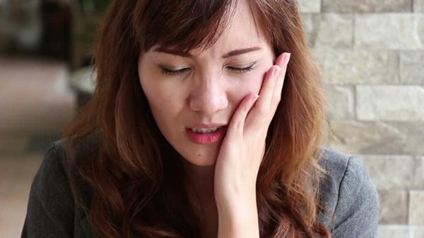 Chỉ với 60 giây cho bài test sức khỏe, bạn sẽ biết được liệu bản thân có mắc bệnh răng miệng hay không-1