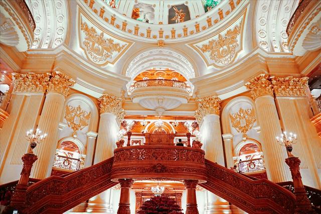 Chiêm ngưỡng lâu đài mạ vàng gây choáng của đại gia Ninh Bình-7
